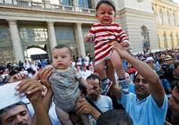 Vì người tị nạn, châu Âu chia rẽ Đông - Tây