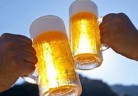 Không uống 'bia nhà', cán bộ phải tường trình