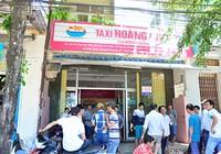 Tài xế taxi vây văn phòng công ty đòi giải quyết chế độ