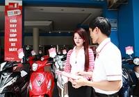 Vay mua xe máy được tặng ba tháng tiền gốc, lãi