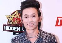 Hoài Linh chấm điểm ca sĩ