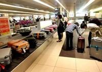 380 hành lý mắc kẹt trên hai chuyến bay