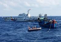 Cứu dân trên biển của ta, sao Trung Quốc cản được?