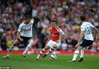 Arsenal vuột cơ hội vượt mặt Man. City