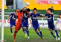 Bóng đá chuyên nghiệp Việt Nam: Như cái chợ…