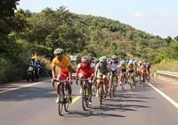 42 tay đua bỏ cuộc khi chinh phục đèo Khánh Lê