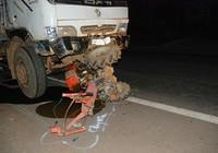 Khẩn trương cấp cứu nạn nhân vụ tai nạn thảm khốc ở Gia Lai