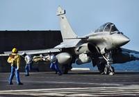 Tổng thống Pháp thăm tàu sân bay đang đánh IS
