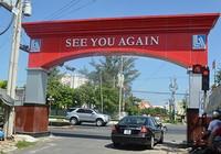 Đại gia Lê Ân bị buộc dỡ cổng chào