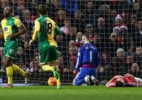 Van Gaal sẽ theo chân Mourinho?
