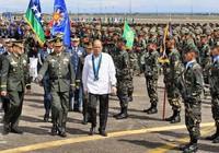 Tổng thống Philippines cam kết xây dựng quân đội hùng mạnh