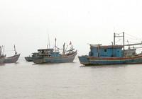 Ngăn chặn tàu Trung Quốc tràn vào biển Việt Nam
