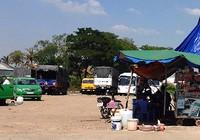 Dẹp quán, bãi xe ven đường Võ Văn Kiệt