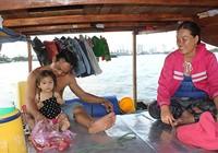 Xóm ghe Sài Gòn muốn được… lên bờ