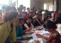 Ngơ ngác trước quy định khống chế số sinh viên