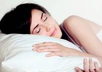 Ngủ khỏa thân lợi đủ đường