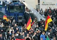 Phong trào cực hữu Đức thừa nước đục thả câu