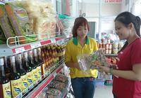 Cá kho làng Vũ Đại, bò giàng Lào ...hút khách Sài Gòn