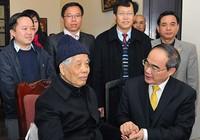 Ông Nguyễn Thiện Nhân thăm hỏi các nguyên Tổng Bí thư