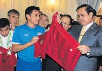 Thái Lan 'chọn' Kiatisak như thế nào?