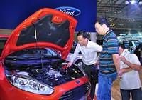 Người Việt đổ tiền mua ô tô