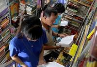 Đọc sách miễn phí ở tiệm ông Cần