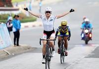 Cuộc đào thoát ngoạn mục của tay đua Nhật Bản