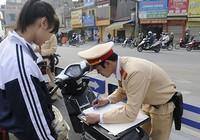 Học sinh vi phạm giao thông không bị thôi học