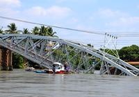 Sập cầu Ghềnh, đường sắt vào Sài Gòn đứt mạch