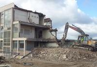 Phường có quyền phá dỡ nhà xây không phép thuộc diện không được cấp phép