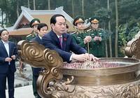 Chủ tịch nước Trần Đại Quang dâng hương tại Khu di tích K9
