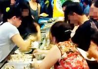Xóa hình ảnh xấu xí của du khách Việt