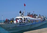 Cháy vé tàu ra đảo Lý Sơn
