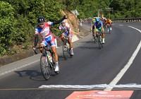 Giải xe đạp Cúp TH TP.HCM: Căng thẳng nội dung đồng đội tính giờ