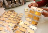 Thị trường vàng trong nước ảm đạm