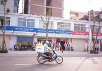 'Đồng phục' biển hiệu ở Hà Nội: Không ổn!