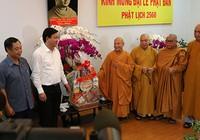 Lãnh đạo TP.HCM chúc mừng đại lễ Phật đản