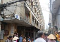 Di dời khẩn cấp các hộ còn cư ngụ tại chung cư Cô Giang