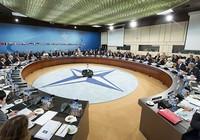 NATO tố Nga tập trung quân ở biên giới Ukraine