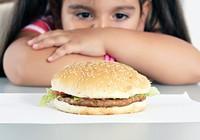 Chê con béo gây hậu quả xấu