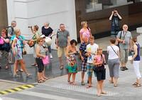 Tiếp tục miễn thị thực cho du khách 5 quốc gia Tây Âu
