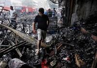 Đánh bom đẫm máu ở thủ đô Iraq, 75 người chết