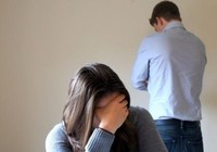'Kẻ bội tình' lại níu giữ hôn nhân…