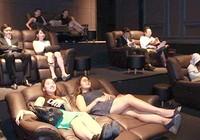 'Quá lố' khi xem phim giường nằm có bị đuổi?