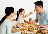 Ăn cơm nhà hạn chế tiểu đường