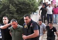 Thổ Nhĩ Kỳ thanh trừng trong ngành giáo dục và báo chí