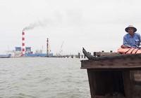 Nhà máy khổng lồ xả khói đen… đạt chuẩn