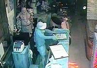 Băng trộm tiệm vàng từ TP.HCM xuống miền Tây gây án