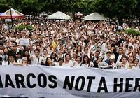 Cựu Tổng thống Marcos là anh hùng hay tội phạm?