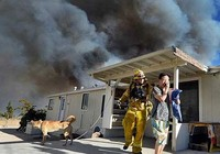 Bang California đối phó với nhiều đám cháy rừng
